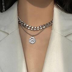 Stylish Alloy With Grommet Décor Women's Necklaces 1 PC