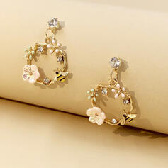 Pretty Alloy With Flowers Women's Earrings (Set of 2)