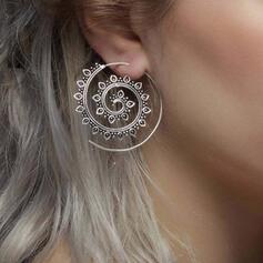 Unique Twist Alloy Women's Earrings 2 PCS
