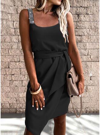 Sequins/Solid Sleeveless Sheath Knee Length Little Black/Elegant Dresses