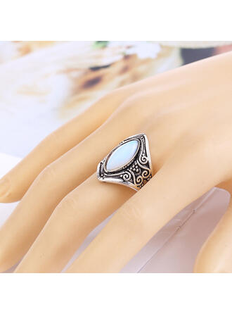 Unique Alloy With Zircon Women's Rings