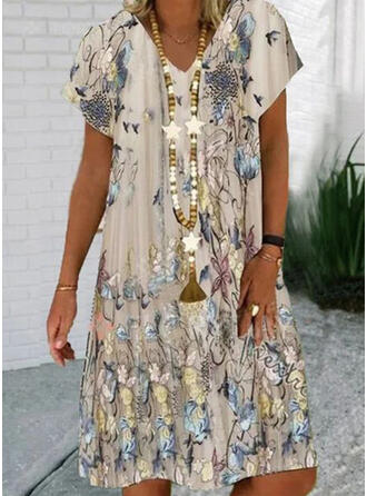 Floral/Animal Print Short Sleeves Shift Knee Length Casual T-shirt Dresses