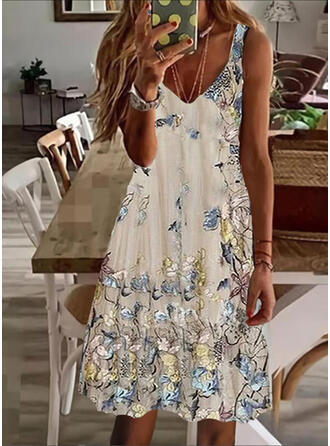 Floral/Animal Print Sleeveless Shift Knee Length Casual Tank Dresses
